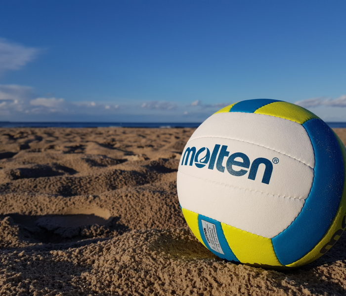 Strand und Volleyball